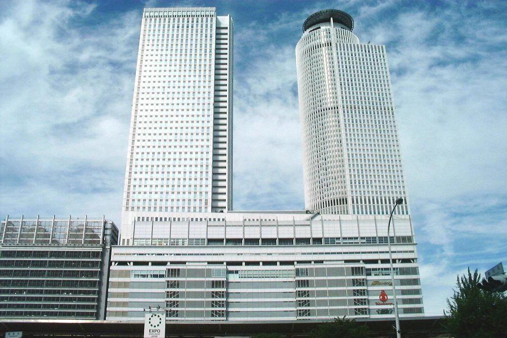 01 >> 名古屋駅ツインタワー