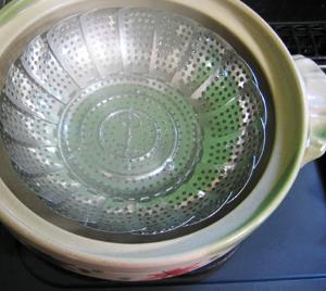万能皿☆15cm 穴あきプレート☆フルーツ皿☆蒸し皿☆水切り皿