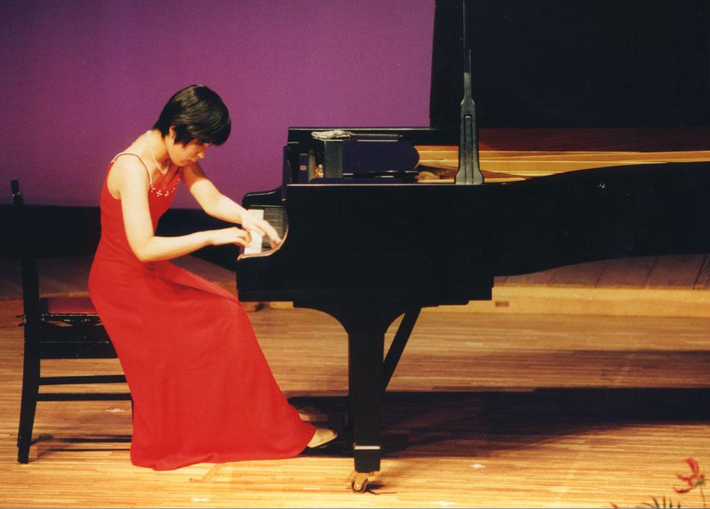 レンタル 貸しスタジオ で途中下車!ピアノ練習室