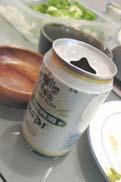 缶ビールで乾杯:クリックで拡大