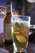ビールはシンハー:クリックで拡大