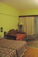 ホテルの一室:クリックで拡大