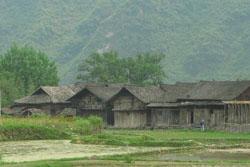 のどかな農村の風景:クリックで拡大