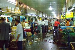 銅川路水産市場:クリックで拡大
